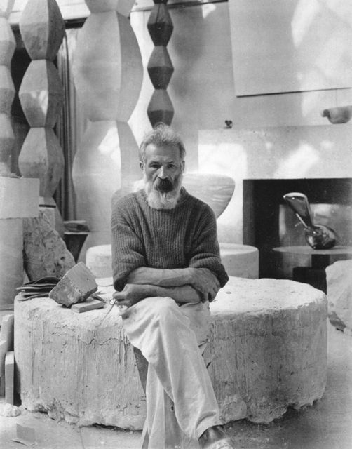 sursa http://the189.com/sculpture/constantin-brancusi-artist-and-sculptor/
