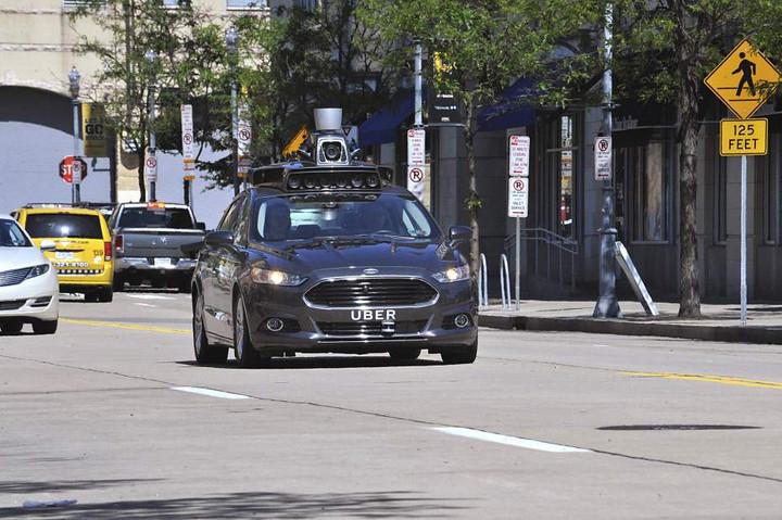 sursa imaginii uber-autonomous-car-720x720.jpg