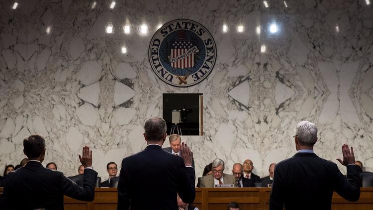 sursa imaginii http://www.latimes.com/opinion/op-ed/la-oe-mcmanus-facebook-congress-20171101-story.html