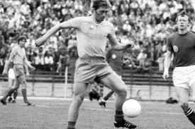 sursa imaginii https://www.romaniatv.net/media_211789_a-murit-cel-mai-mare-descoperitor-de-talente-din-fotbalul-romanesc-i-a-lansat-pe-dobrin-stefanescu_157305.html
