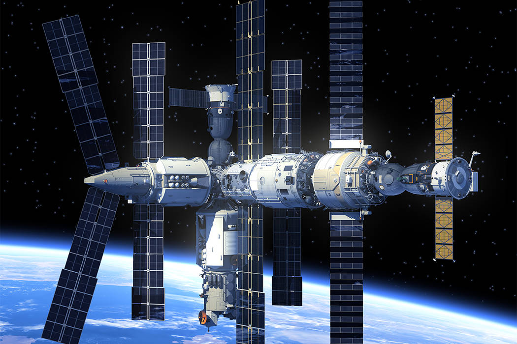 sursa imaginii: reviewjournal.com/news/science-and-technology/emergency-space-walk-planned-on-international-space-station/