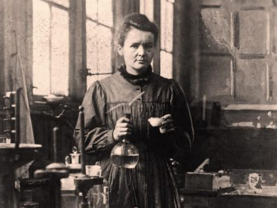 sursa imaginii: fundoolabs.in/marie-curie-first-women-win-noble-prize/